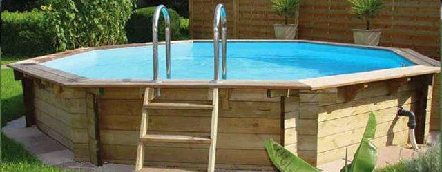 I pro e i contro delle piscine fuori terra - Giardino con piscina fuori terra ...