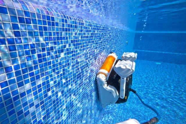 robot piscina fondo e pareti