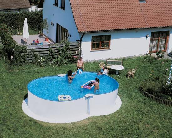 I pro e i contro delle piscine fuori terra - Piscine in acciaio fuori terra ...