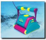 robot per riapertura della piscina