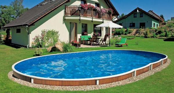 Nuove piscine fuori terra azuro seminterrabili ed for Piscina fuori terra interrata