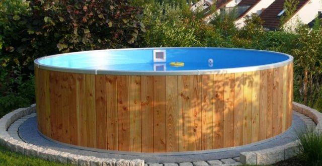 Piscine fuori terra in legno perch sceglierle for Faretti per piscine fuori terra