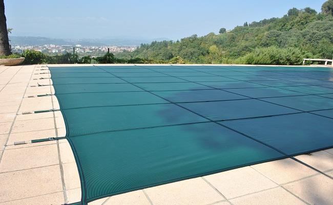 Risparmio energetico e di manutenzione con la copertura - Telo copertura piscina ...