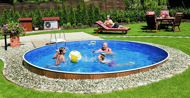 Consigli per interrare una piscina fuori terra blog piscine - Docce per piscine esterne ...