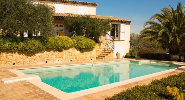 Nuovi gruppi di filtrazione monoblocco per piscina for Piscine per piccoli giardini