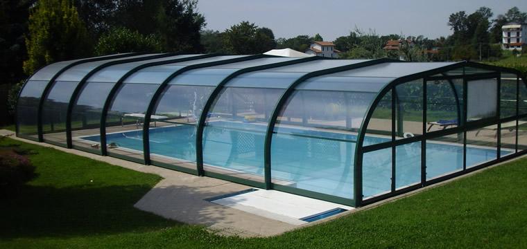 Aprire in anticipo la piscina con copertura telescopica