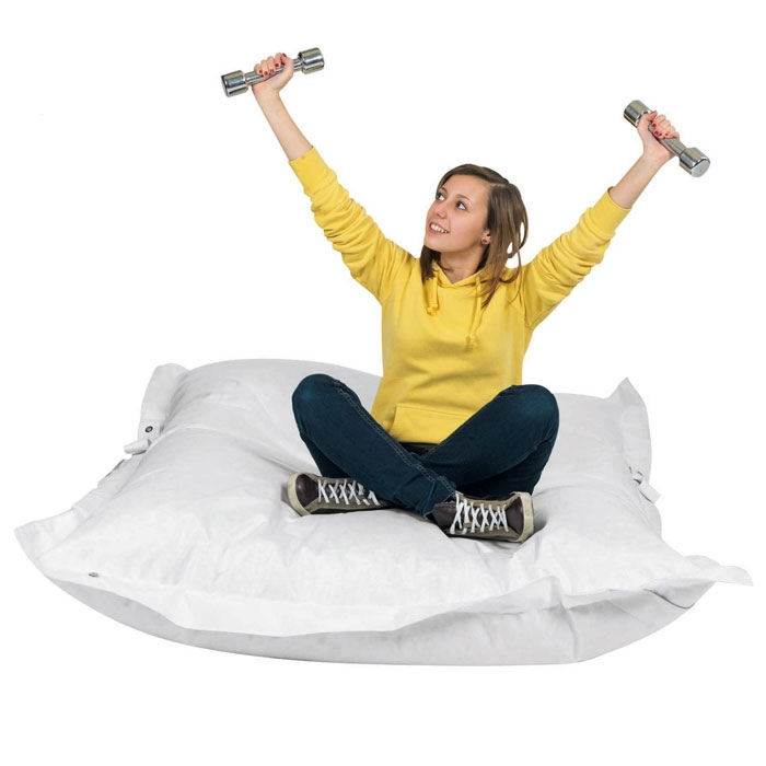 Cuscini Giganti Per Bambini.Relax Divertimento E Morbidezza A Bordo Piscina Con I Cuscini