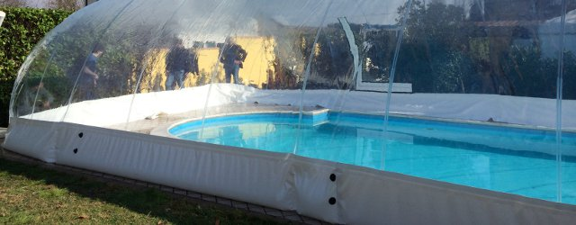 Come funziona una copertura gonfiabile per piscina - Poltrone gonfiabili per piscina ...