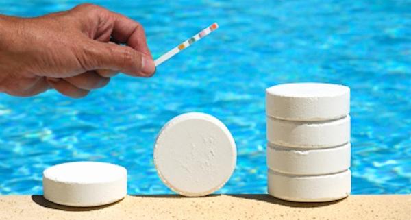 Dicloro e tricloro in piscina