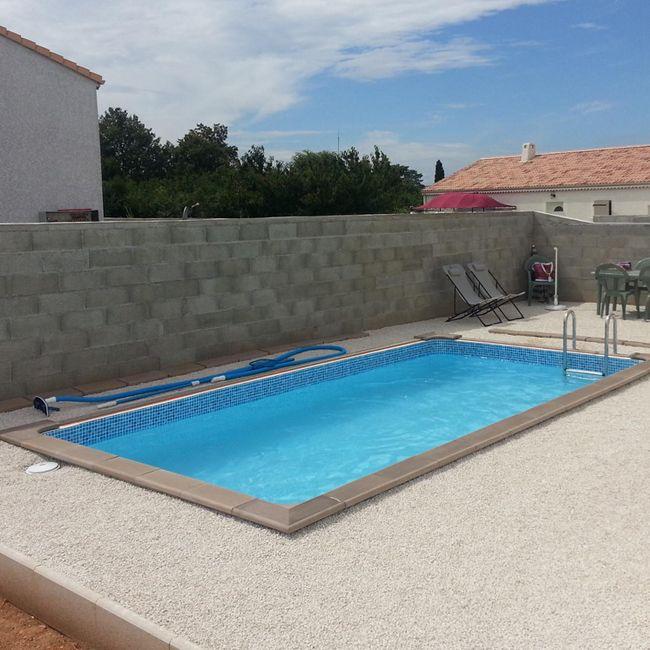 Scopri naturalis piscine fuori terra in cemento a effetto legno - Piscine in cemento ...