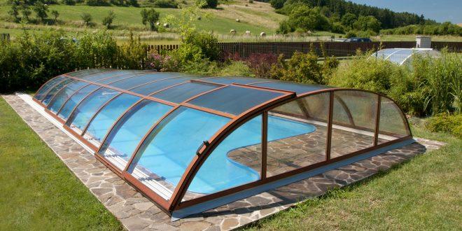 Coperture telescopiche per piscine come prolungare la stagione - Coperture mobili per piscine ...