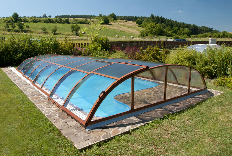 Coperture telescopiche per piscine come prolungare la for Piscina fuori terra quando piove
