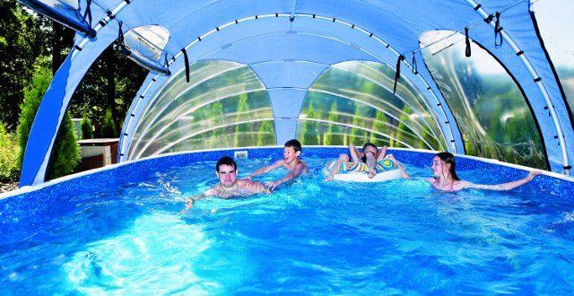 Aprire in anticipo la piscina con coperture