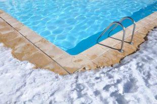 cura della piscina