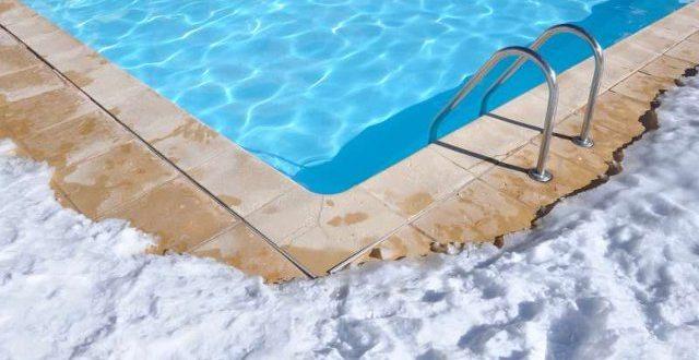 cura della piscina in inverno