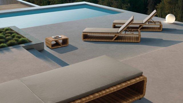 lettini palace bordo piscina