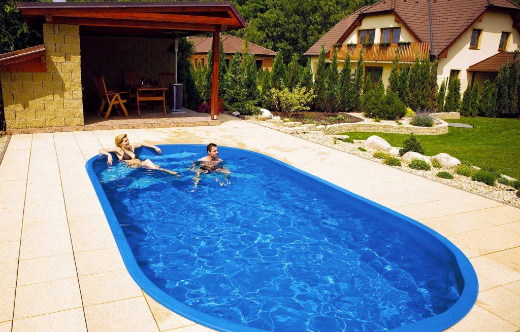 Esempio piscine in vetroresina