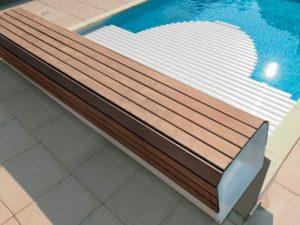 Coperture a tapparella per piscina con rullo nascosto