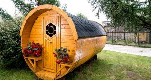 saune da esterno in giardino