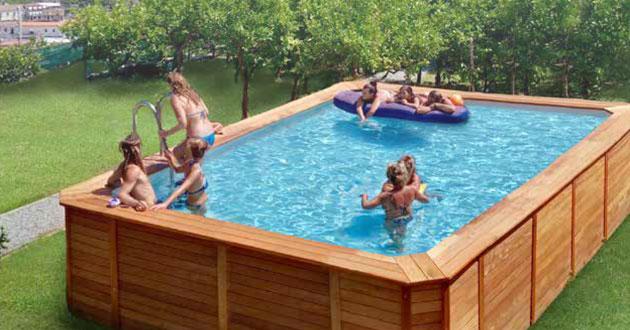 piscine rivestite in legno rettangolare