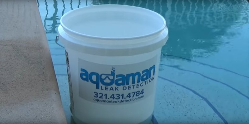 metodo del secchio - riparare una piscina