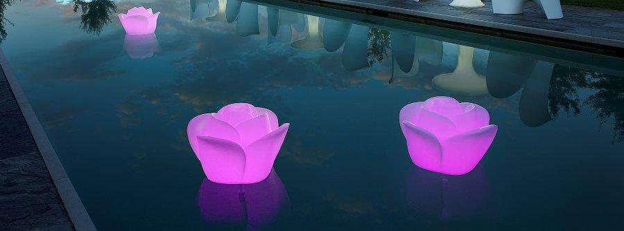 Illuminazione per festa in piscina