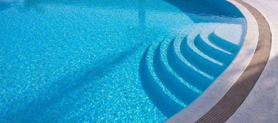 scala romana per piscina