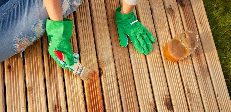 manutenzione legno decking