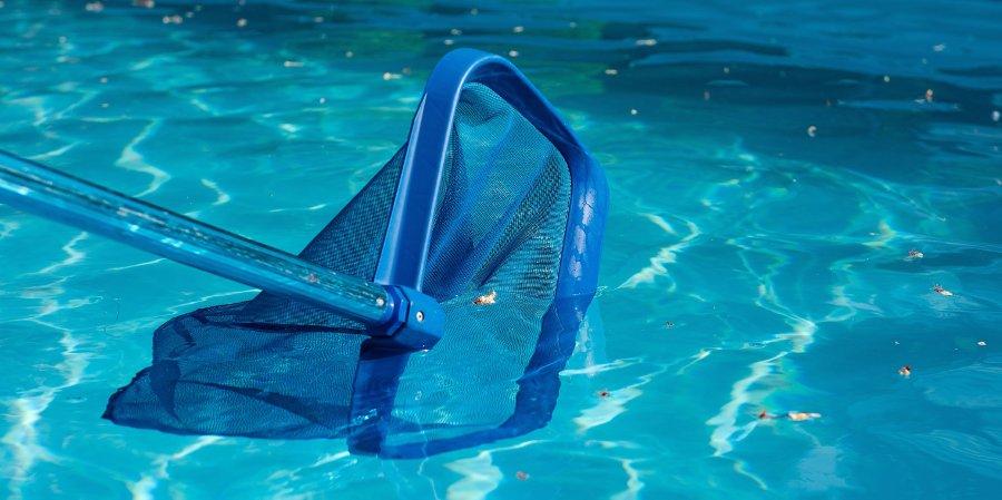 manutenzione settimanale piscina fuori terra