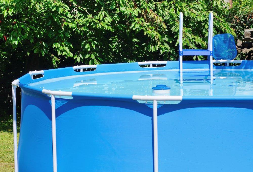 Manutenzione piscina fuori terra guida al trattamento for Riparare piscina