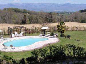 piscina interrata in giardino