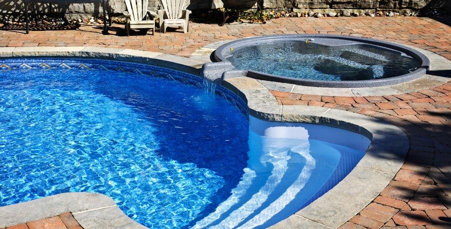 ristrutturazione piscina con vasca idromassaggio