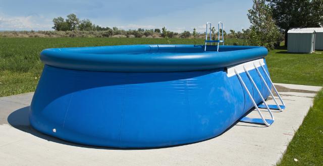 montare piscine fuori terra su cemento