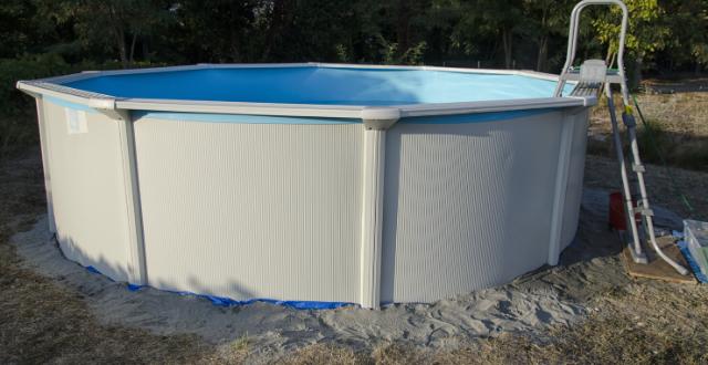 montare piscina fuori terra su sabbia