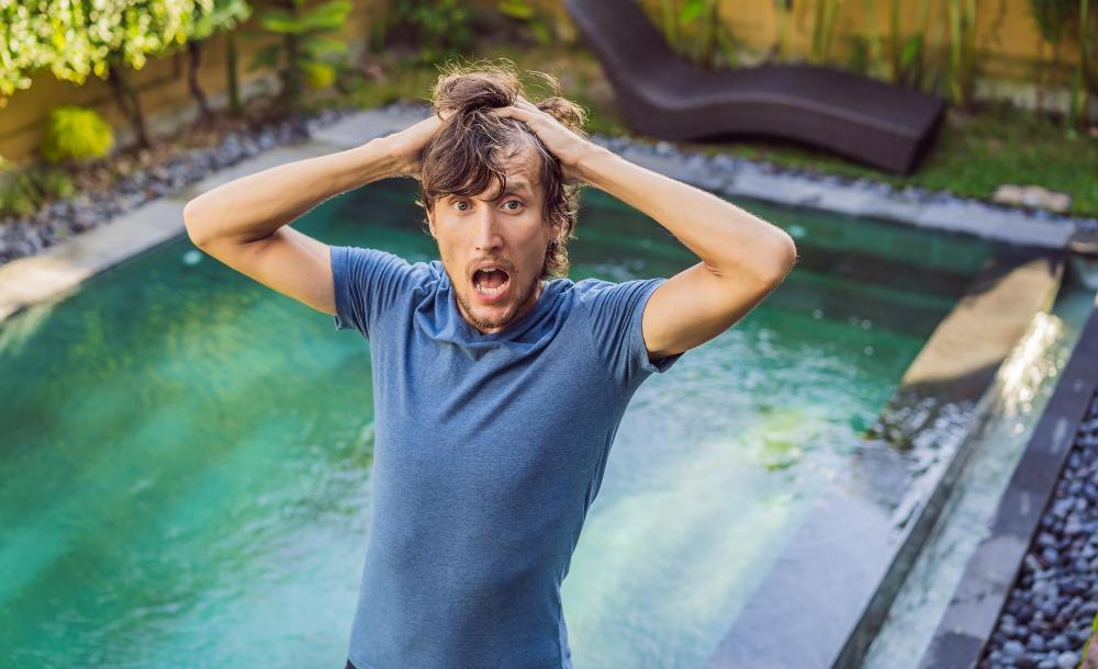 errori trattamento dell'acqua della piscina