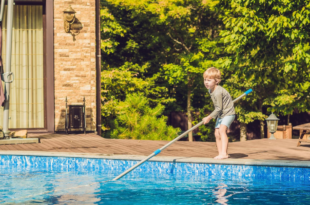 manutenzione della piscina per principianti